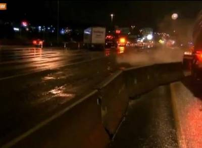 News video: Semi Crashes, Nearly Hits Seattle News Crew